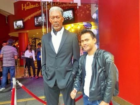Patung Morgan Freeman di Madame Tussauds, New York - Beberapa karakternya dalam film kadang saya ambil sebagai pelajaran