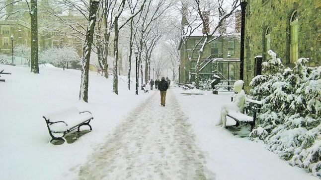 Suasana Kampus saya musim dingin lalu