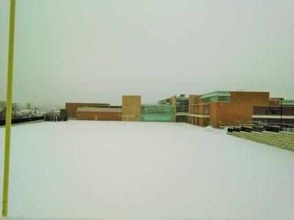 Lapangan Broughal Middle School di Musim Dingin lalu - tempat bermain bola